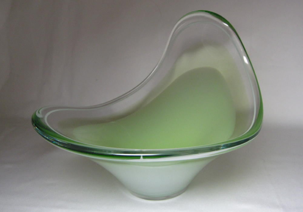 Biomorphic Coquille Art Glass Bowl